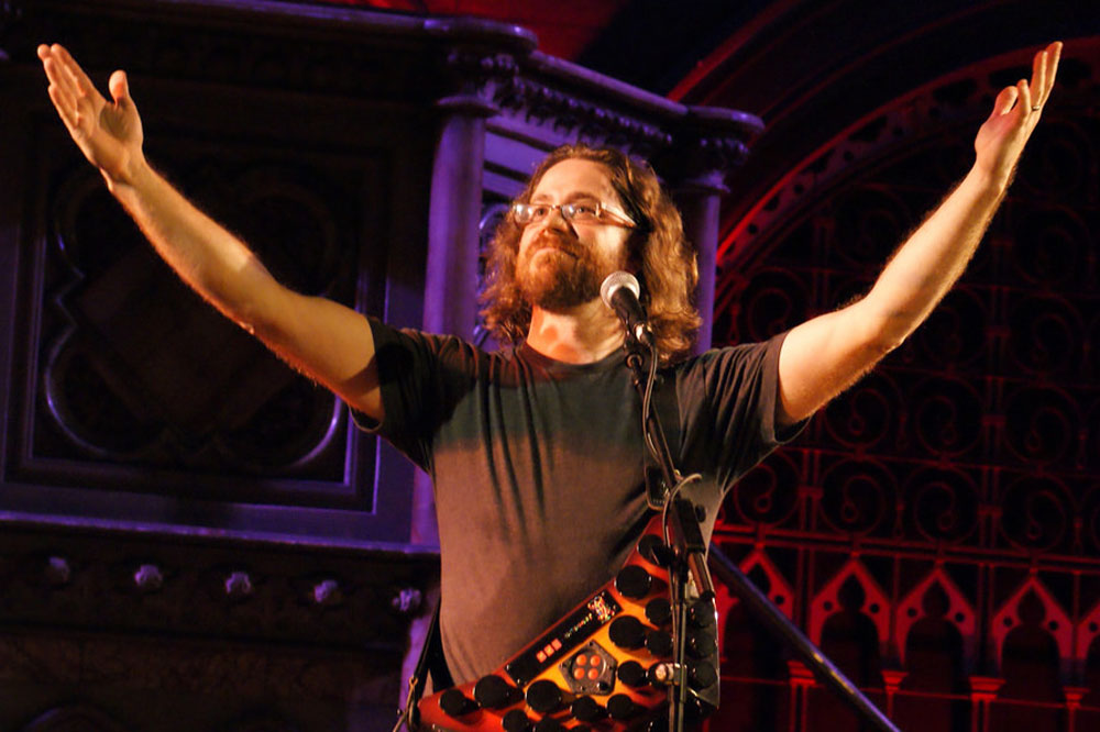 Independent signer and songwriter, Jonathan Coulton, utilises Creative Commons licences to help promote his music via free downloads